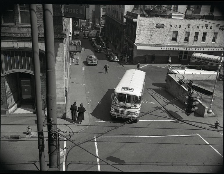 Trailways Bus Depot on Eighth Street Below Church Street XII (09615)
