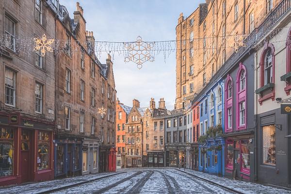 Winter on Victoria Street in Edinburgh