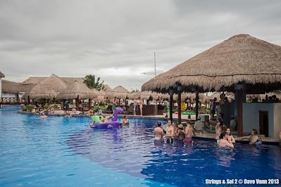 Strings & Sol 12/11/13 - Now Sapphire Resort, Puerto Morelos Mexico - Photo © Dave Vann 2013