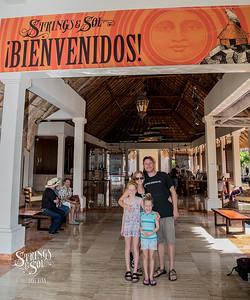 Strings & Sol 12/8/17 - Now Sapphire Resort, Puerto Morelos, Mexico. Photo © Dave Vann 2017
