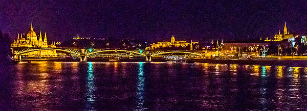 Ian Peters - Budapest from the Danube-9982.jpg
