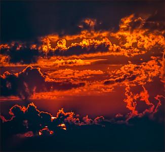 Super Sunset 9660.jpg