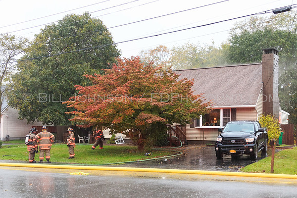 Structure fire  with rescue - 36 Honey Ln  - New Hamburg Fire District - 10/29/2017