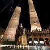 Bologna - Le due torri - notturna - (2)