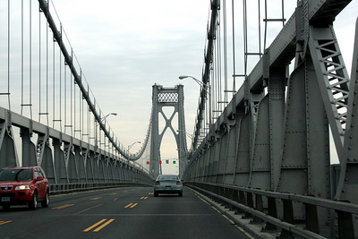 FDR Bridge crossing the Hudson River into Poughkeepsie, NY. 27 Mar 2008