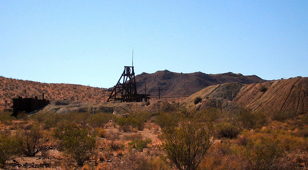 abandoned silver (?) mine, Red Mountain, CA 14 Aug 2006