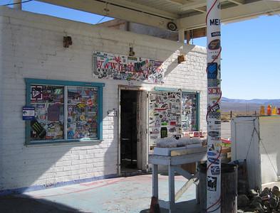 Roadside shop, Olancha, CA, 22 Jan 2007