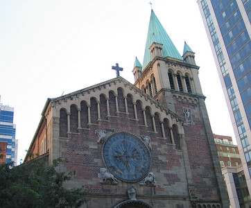 Church on 1st Ave & 68th St., Manhattan. 14 Oct 2007