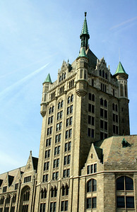 State University Plaza Building (formerly the Delaware and Hudson Railroad Building), Albany, NY. 27 Mar 2008.