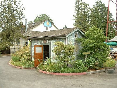 The Edgefield, Troutdale, OR, 10 Aug 2003