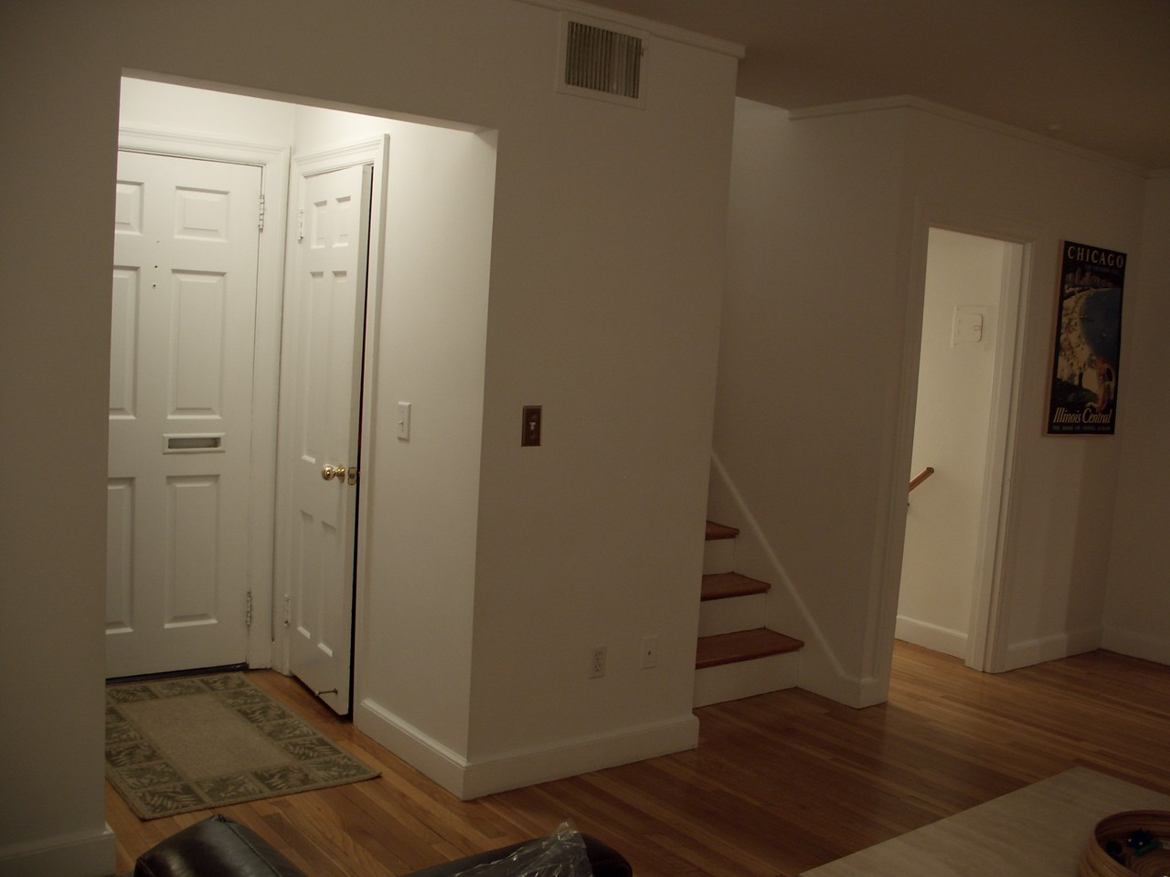 Notice how, on the other side of this useful wall space, there is a closet.
