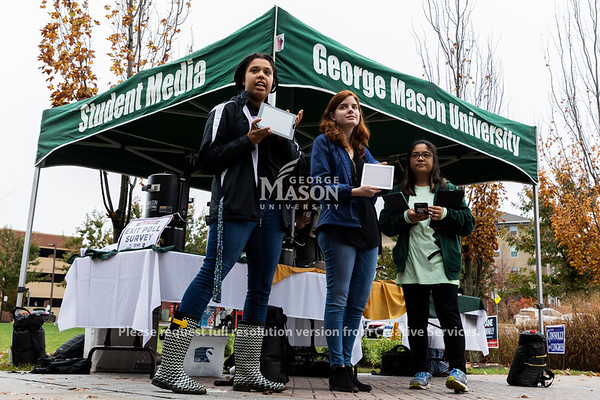 Mason Student Media does exit polling outside Merten Hall. Photo by Lathan Goumas/Strategic Communications