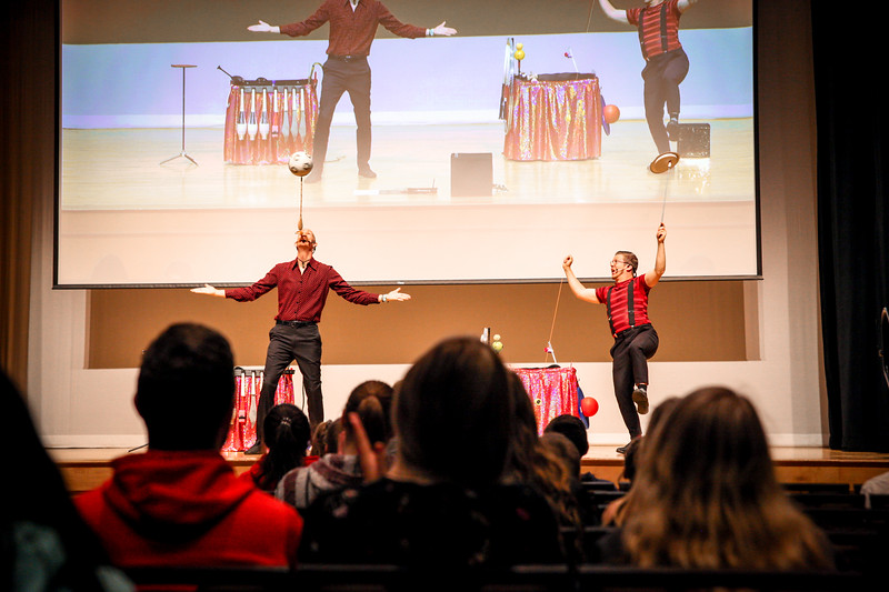 Parents and siblings are entertained by a magic show from the Distinguished Daredevils in the Performance Hall of the Oho Union to kick off Sibs and Kids weekend.