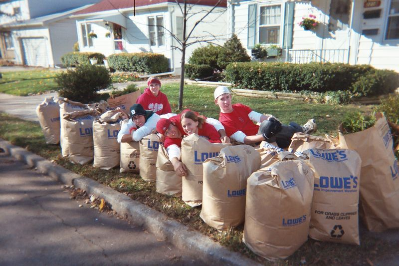 2004 Make A Difference Day at Michigan State