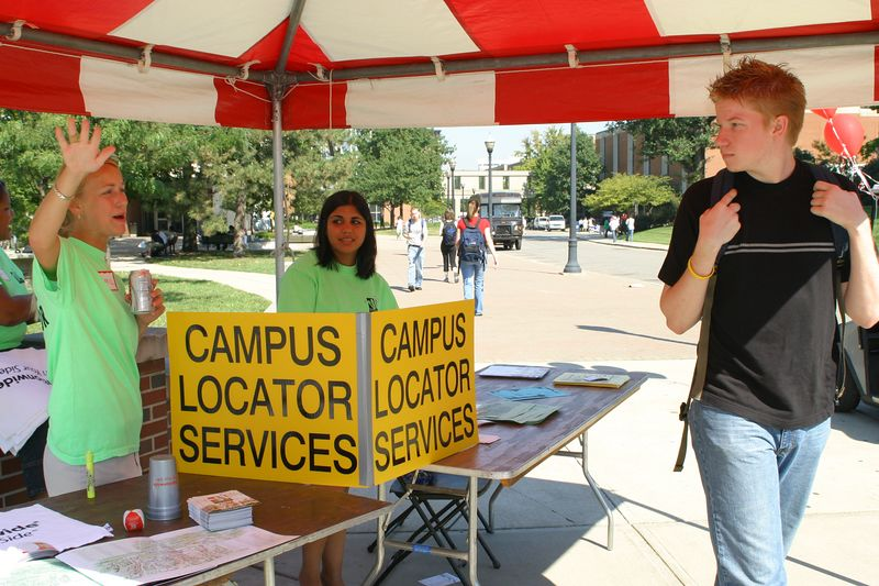 2004 Welcome Week Campus Locator Services