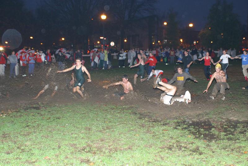 2004 Beat Michigan Pillow Fight