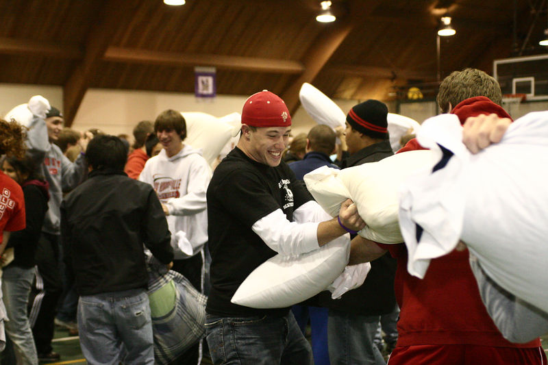 2005 Beat Michigan Pillow Fight