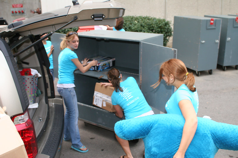 2006 OWL Move In