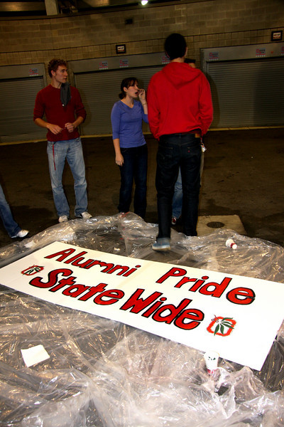 2009 Homecoming Float Construction