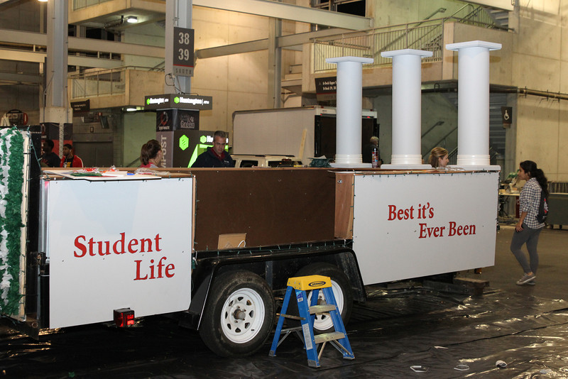 2012 Homecoming Float Building