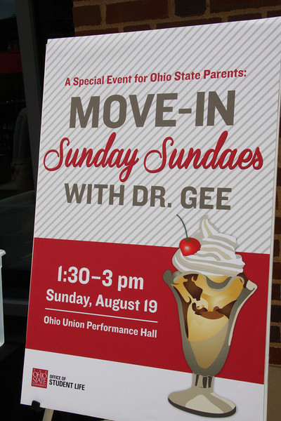 Welcome Week Sundae Sundays with Dr. Gee