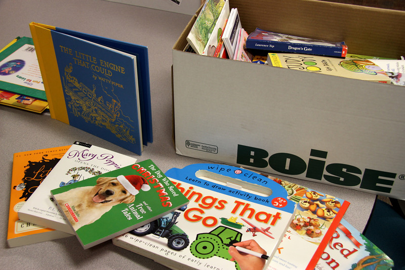 2013 Pay it Forward: Sail on Sea of Books