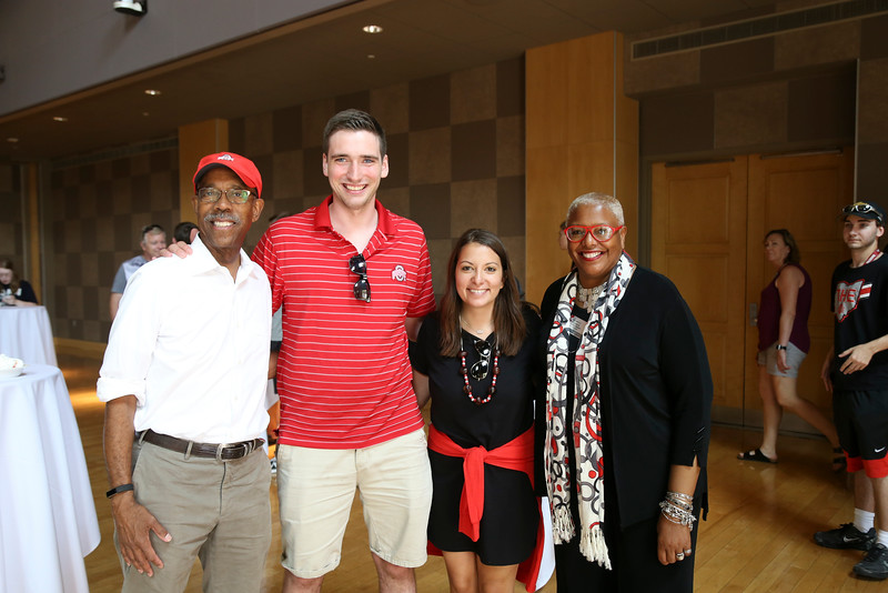 2016 Dr. J's Move-In Day Welcome Team