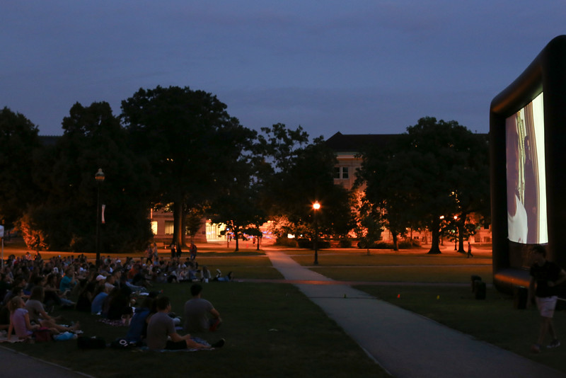 2016 Movie on the Oval