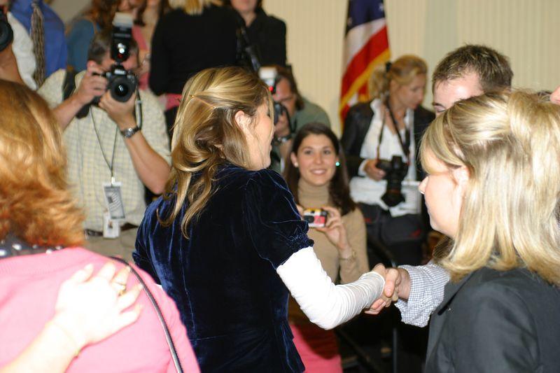 2004 Bush Twins visit the Ohio Union