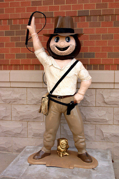 2008 Parade of Brutus Statues