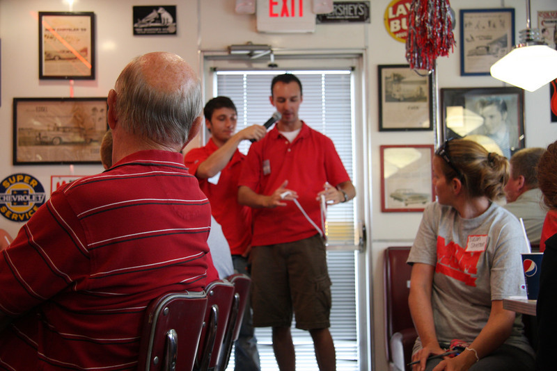 2010 Dr. Gee State Tour - Cruiser's Diner