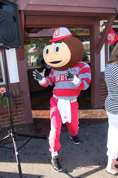 2010 Dr. Gee State Tour - Mr. Freeze and Dietsch's Fine Chocolates