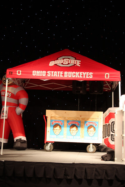 2011 President's Pre-game event State Tour Style