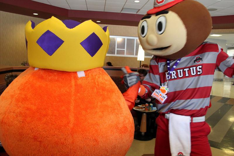 2013 Brutus and Obie in the Ohio Union