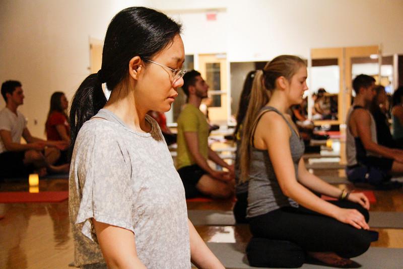 2015 Autumn Reading Day Moonlight Yoga