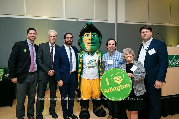 Arlington Businesses attend Arlington Mason Movers & Shakers Mixer.  Photo by:  Ron Aira/Creative Services/George Mason University