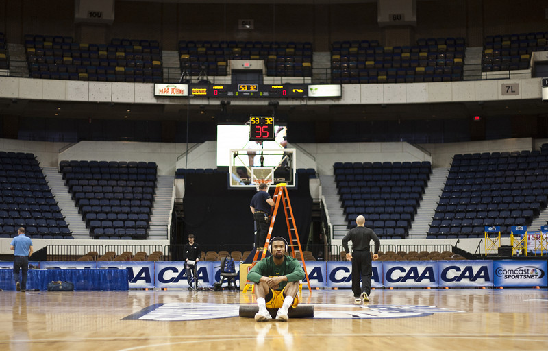 2013 CAA Men's Basketball Tournament, George Mason pre game against Drexel at the Richmond Coliseum on March 9, 2013. Mason won 60 to 54 and will move on to play Northeastern.  Photo by Craig Bisacre/Creative Services/George Mason University