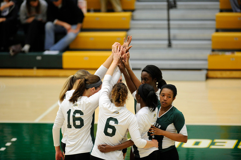 Women's Volleyball vs Delaware