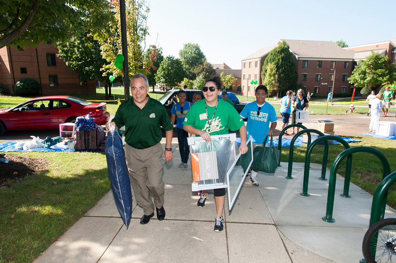 Freshman move-in day