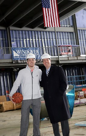 Pat Connaughton '11 Tours Wellness Center