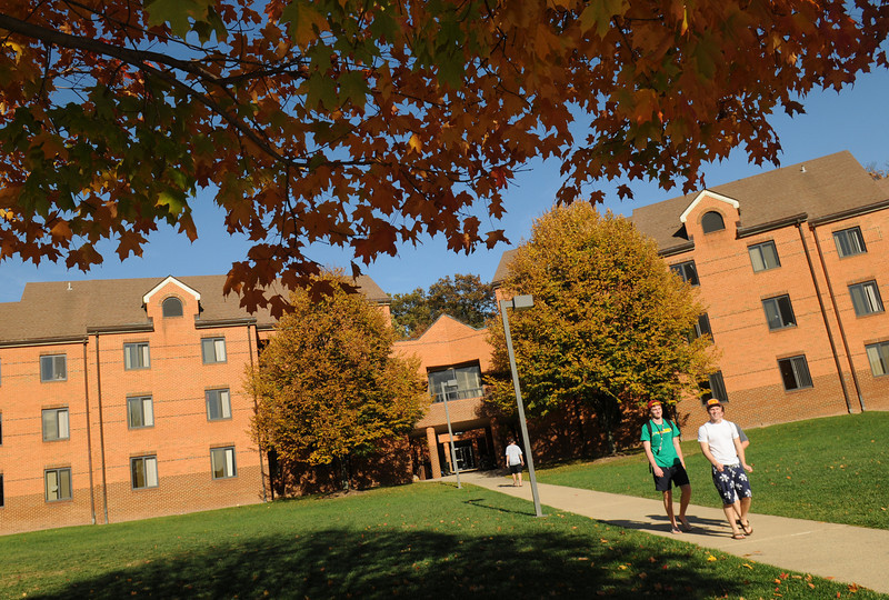 President's Park residence hall on Fairfax Campus.  Photo by Evan Cantwell/Creative Services/George Mason University