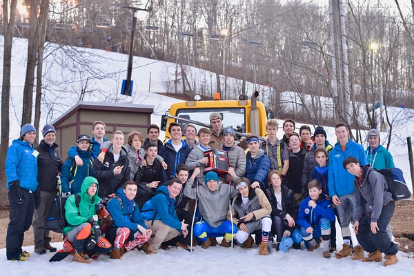 SJP Ski Team Photos by Joe D '17