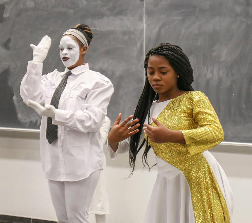 African American Voices Gospel Choir - Night of Dance 2017