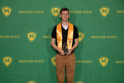 Student recognition-7524