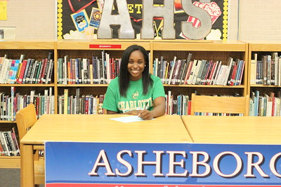 12/1/2017 Kalynn McNair Athletic Signing (Asheboro)