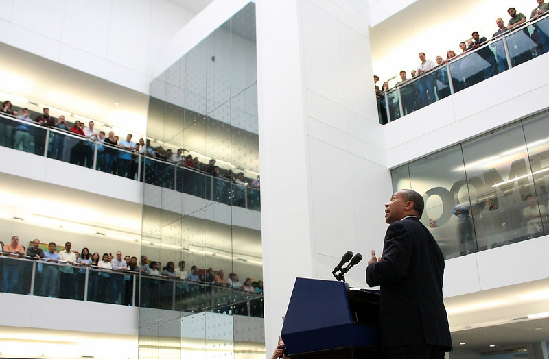Governor Deval Patrick of Massachusetts joins Acme Packet employees and leadership for an announcement relative to company expansion and job creation on May 19, 2011.