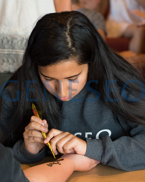 Fall 2017 Weeks of Welcome Henna and Carrom photos by Theodore Liu
