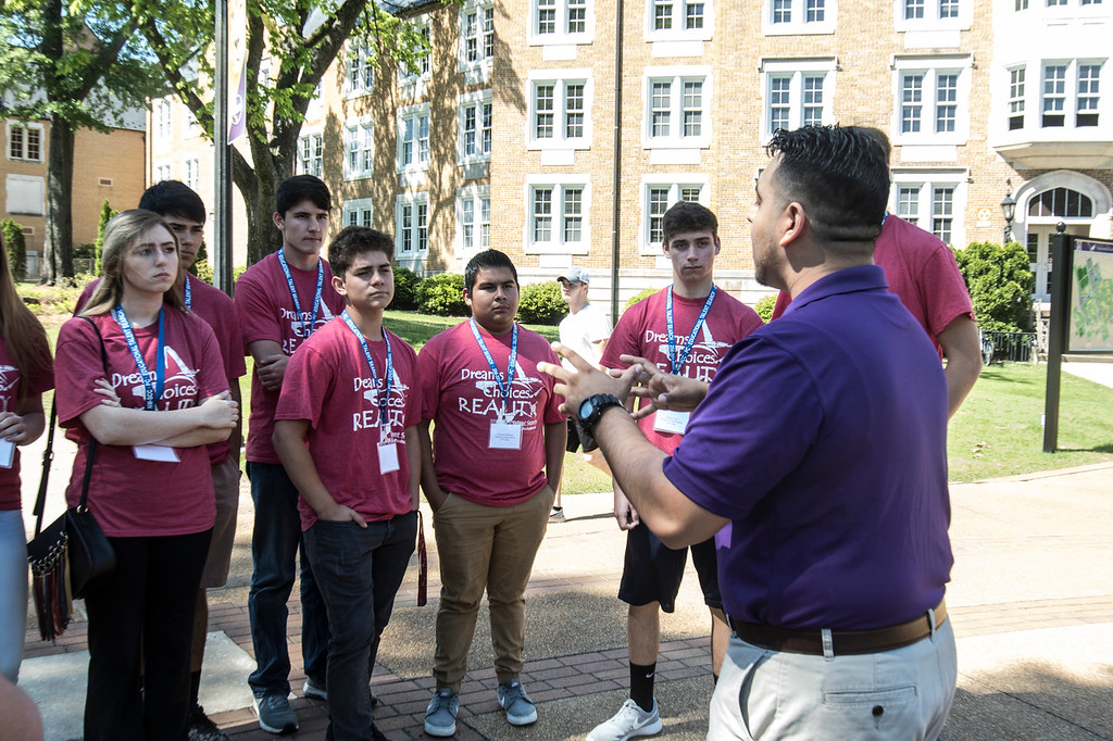 Visiting students listen as SGA VP, Jose Figuetoa-Cifuentes, explains campus life.