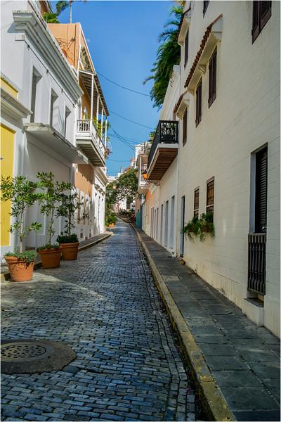 Puerto Rico February 2016 Old San Juan Calle Del Morro 1