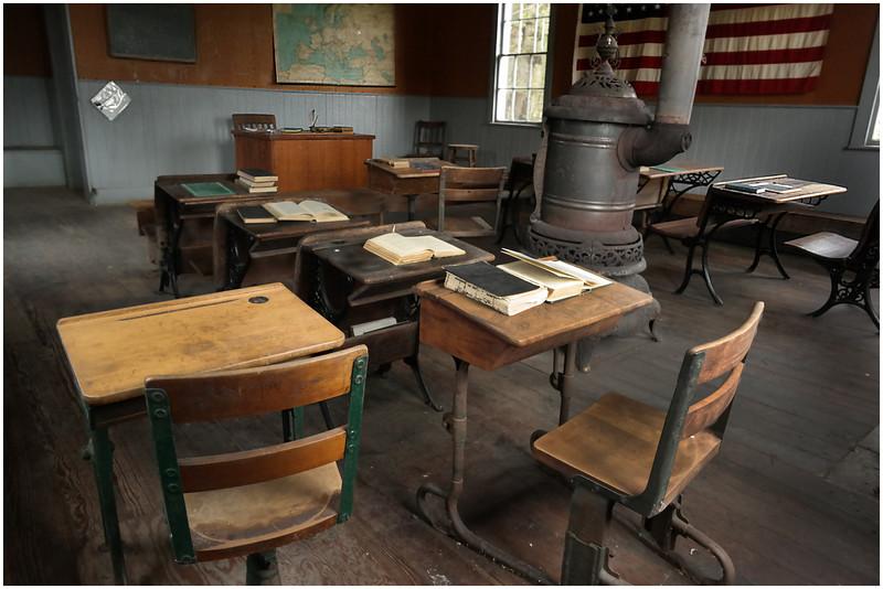 Berne NY Bradt Hollow School 32 May 2016